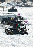 [11th Army Division] Mechanized unit performed an ice-breaking a... 대표 이미지