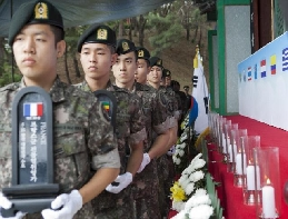 [The 5th Army Corps] Inspiring patriotism by paying tribute to deceased patriots 대표 이미지