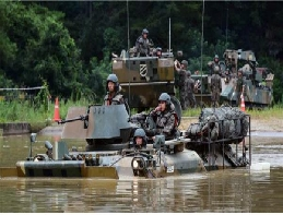 'Flowing like water' Mechanized unit performs a perfect river-crossing operation 대표 이미지