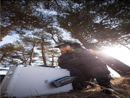 Beauty and courage!! South Korea's first female explosive ordnan... 대표 이미지